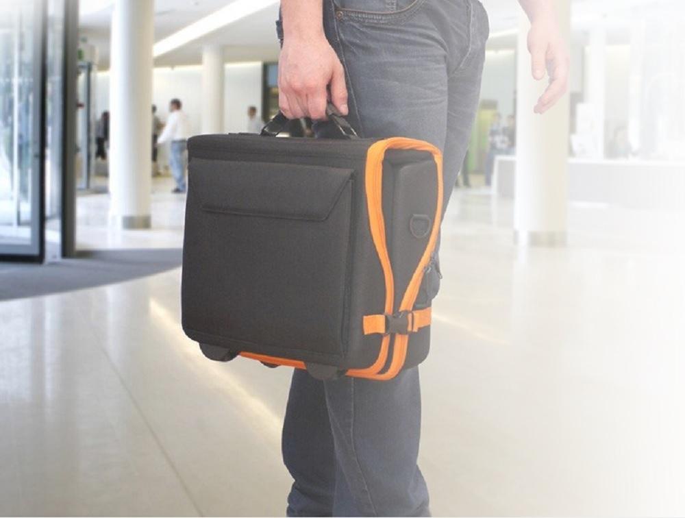 vidéoprojecteur interactif mobile Vanity Bag